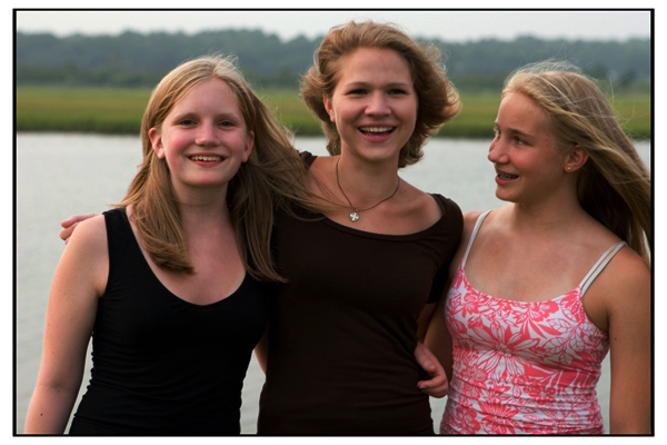 thegirls-oi-0107web1.jpg