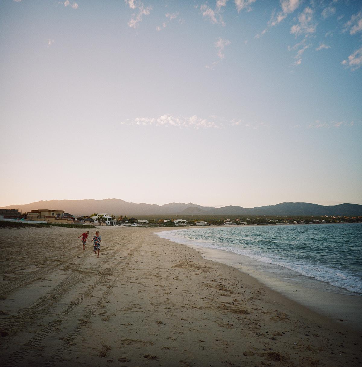 beach-000440260008-s
