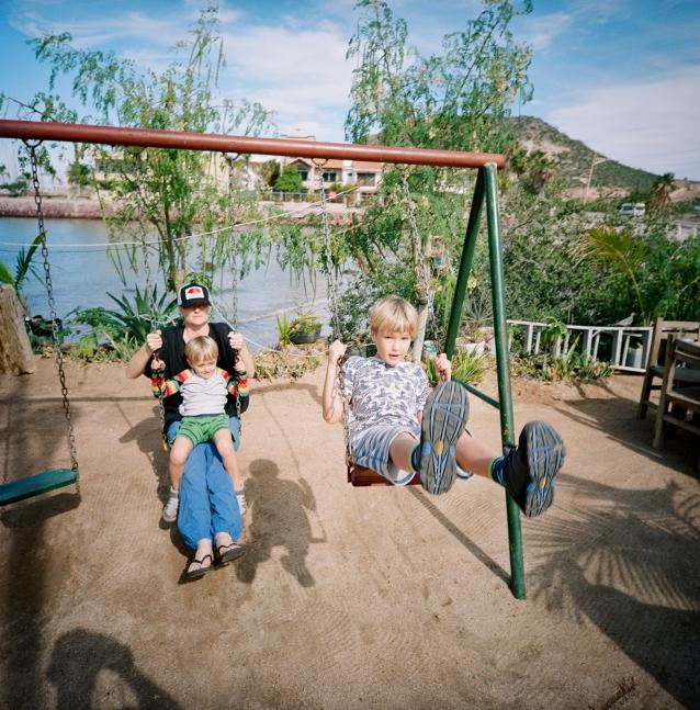 swing-000440290005